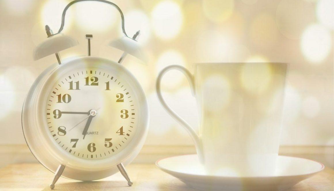 alarm clock 2132264_1280
